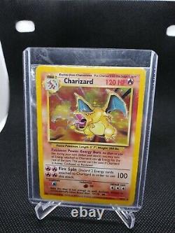 Charizard Base set 4/102 Pokemon card Unlimited Holo Foil Rare HP