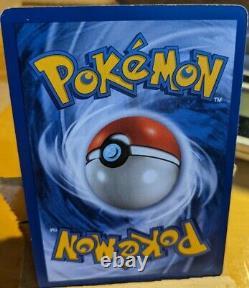 1999 Base Set Shadowless Holo Charizard Pokemon Card 4/102 Rare Wotc