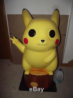 4 Pikachu Statue Giant Carte Rare Pokemon Nintendo 2ds 3ds Jeu XL En Peluche Fun