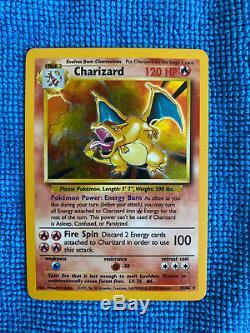 Charizard 4/102 De Base Pokemon 1999 Illimité Rare Holo Carte Holographic