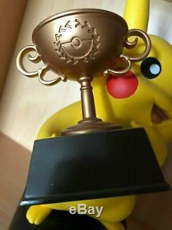 Pokemon Pikachu Trophy Championnats Du Monde 2015 Jeu Demi-finaliste Carte Jcc Rare