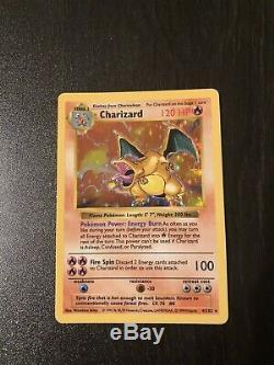 Rare Holo Charizard 4/102 Shadowless De Base Carte Pokémon Excellent Etat